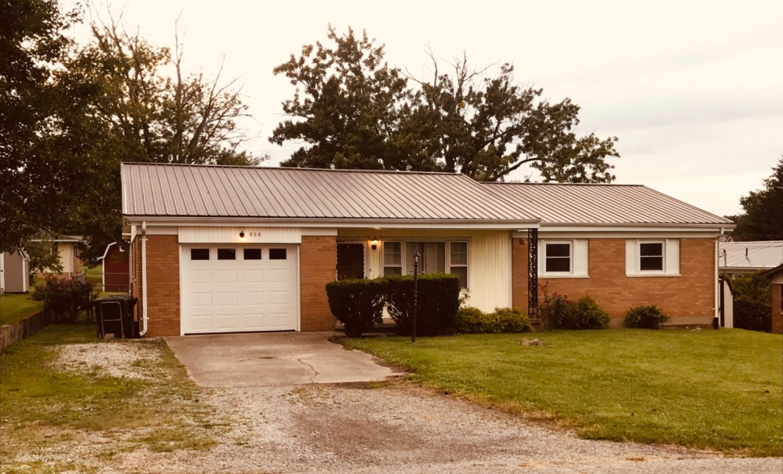 826 Nellie Street Property Photo
