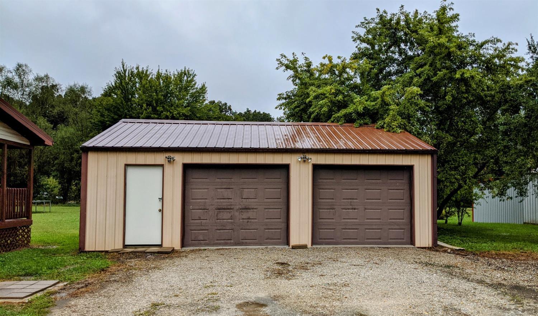 10125 Oak Meadows Drive Property Photo 6
