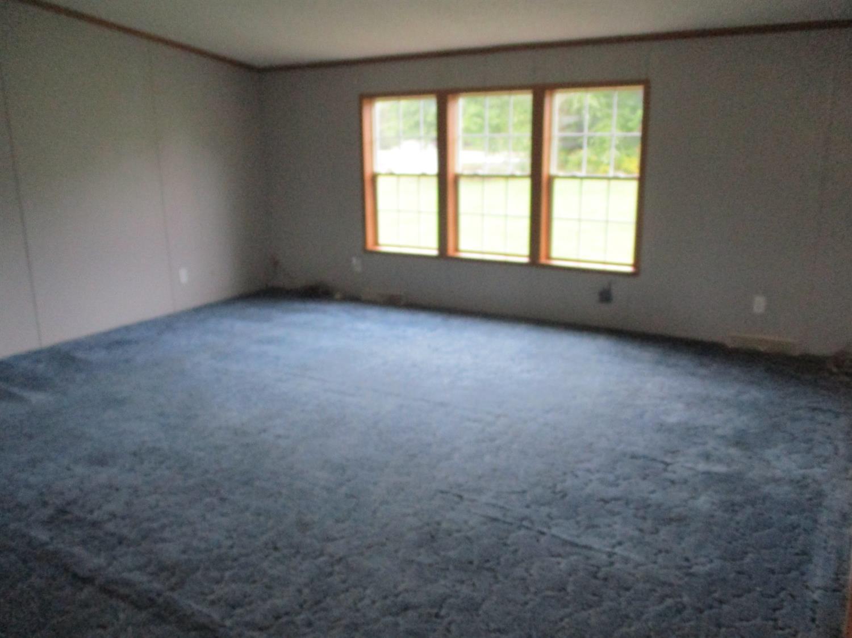 10125 Oak Meadows Drive Property Photo 8