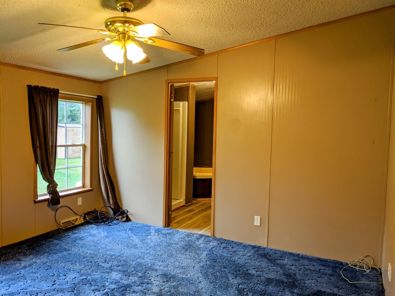 10125 Oak Meadows Drive Property Photo 12