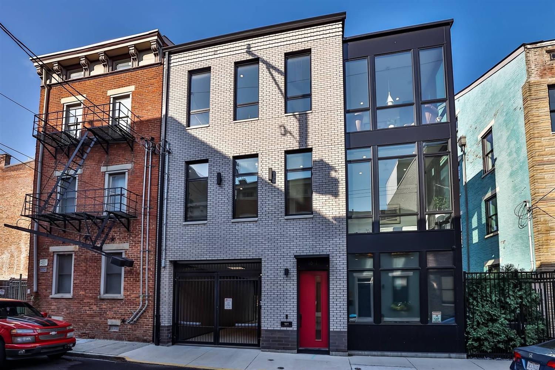 1611 Pleasant Street Property Photo 2
