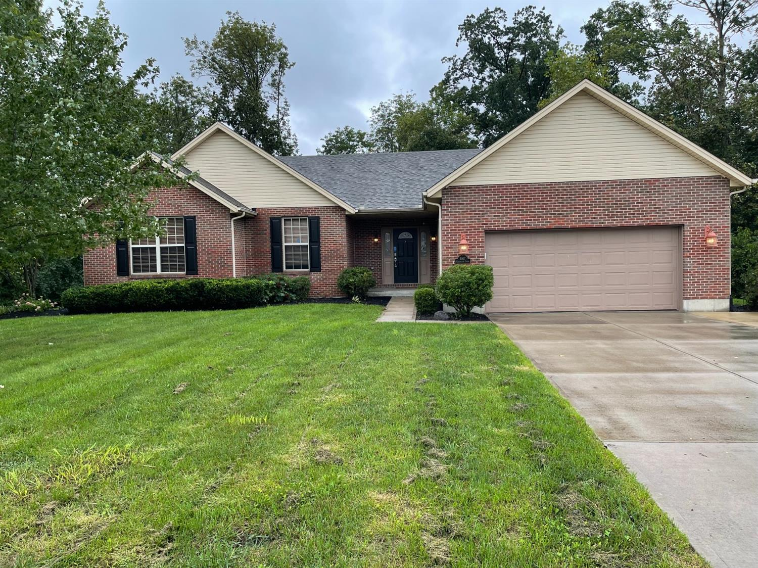 5817 Cedarview Court Property Photo