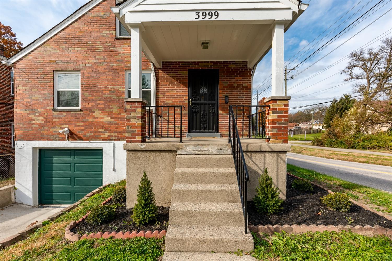 3999 S Whetzel Avenue Property Photo