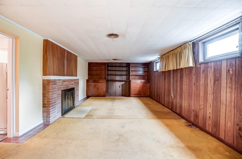 2860 Dunaway Avenue Property Photo 8