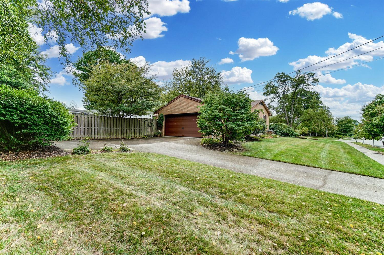 2860 Dunaway Avenue Property Photo 10