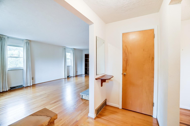 2860 Dunaway Avenue Property Photo 12
