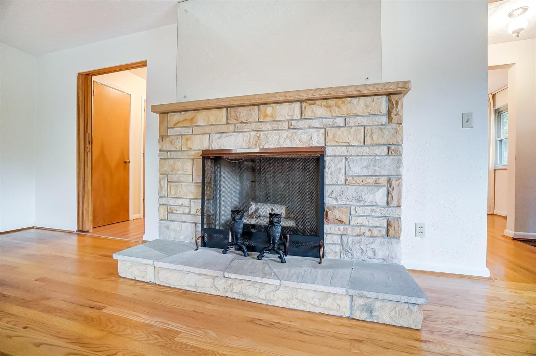 2860 Dunaway Avenue Property Photo 15