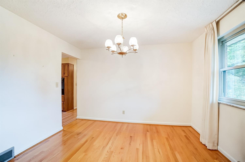 2860 Dunaway Avenue Property Photo 22