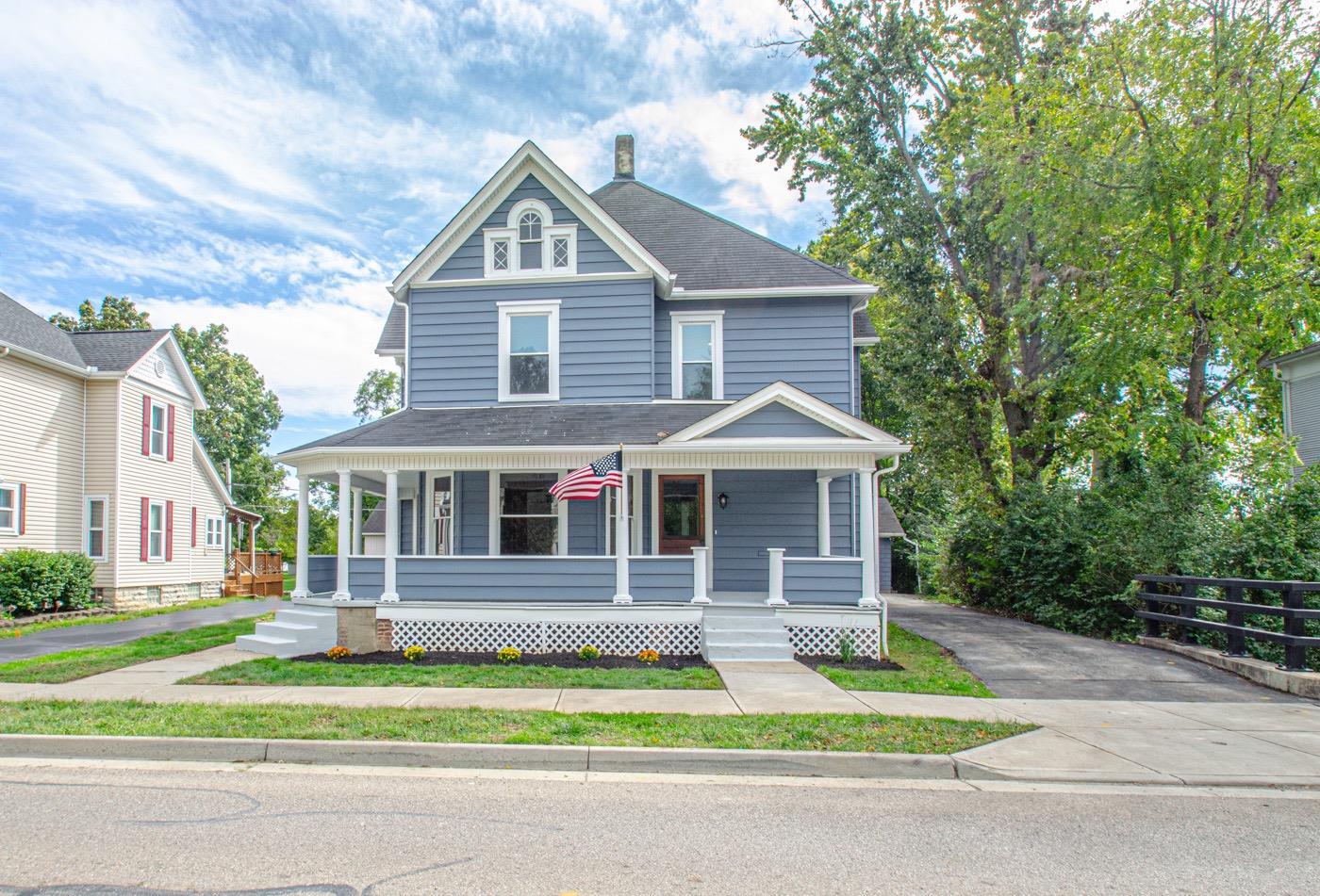 285 W Market Street Property Photo