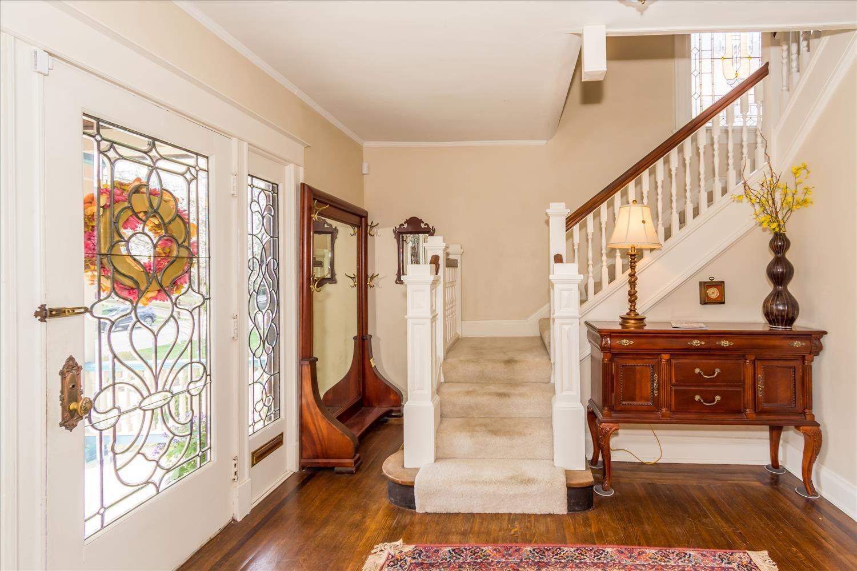3438 Stettinius Avenue Property Photo 6