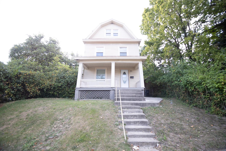 3235 Wold Avenue Property Photo
