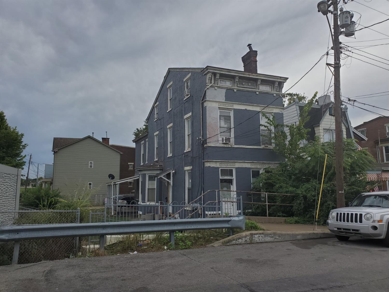 1203 Bates Avenue Property Photo