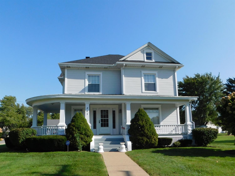301 S High Street Property Photo