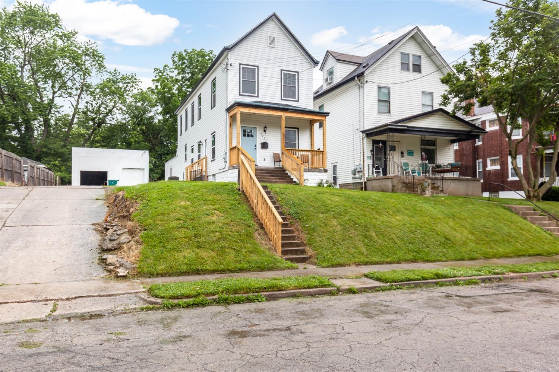 4232 Franklin Avenue Property Photo