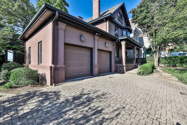 1041 Celestial Street Property Photo 28