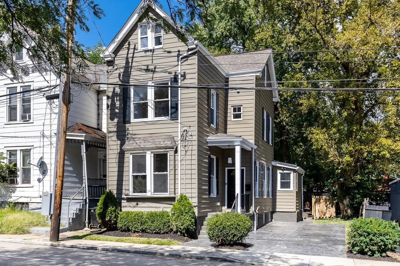 1534 Wm H Taft Road Property Photo