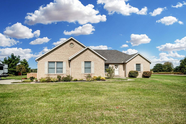 10975 Edgewood Road Property Photo 2