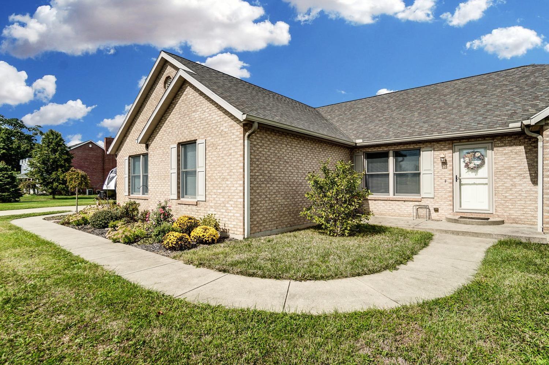 10975 Edgewood Road Property Photo 4