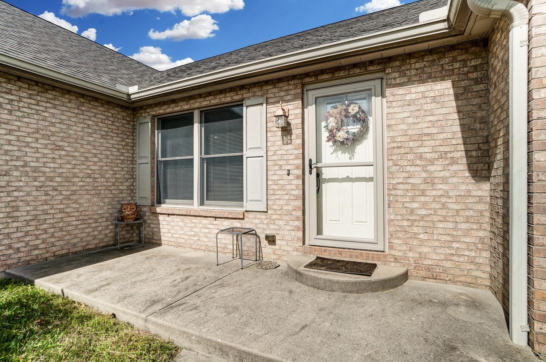 10975 Edgewood Road Property Photo 5