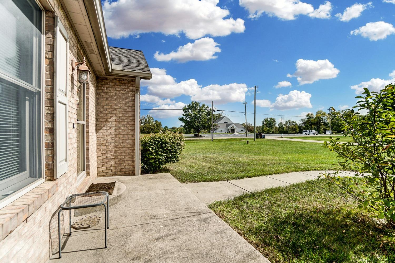 10975 Edgewood Road Property Photo 6