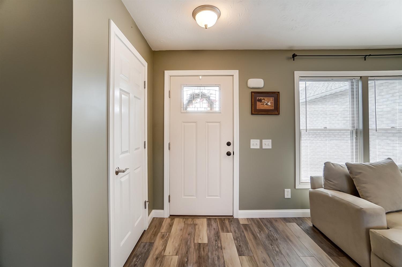 10975 Edgewood Road Property Photo 7