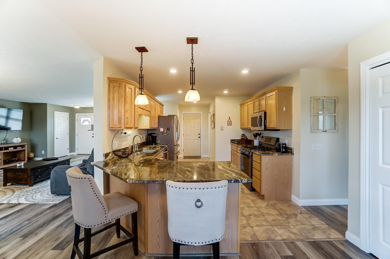 10975 Edgewood Road Property Photo 15