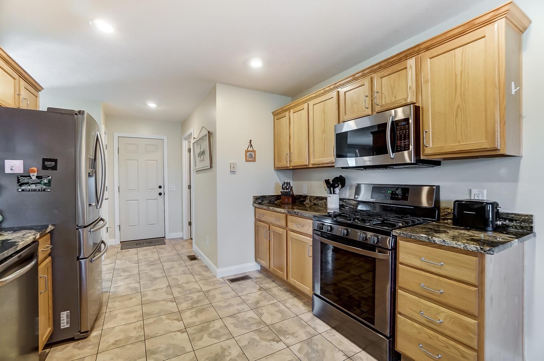 10975 Edgewood Road Property Photo 19