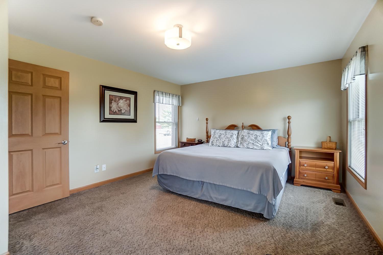 10975 Edgewood Road Property Photo 27