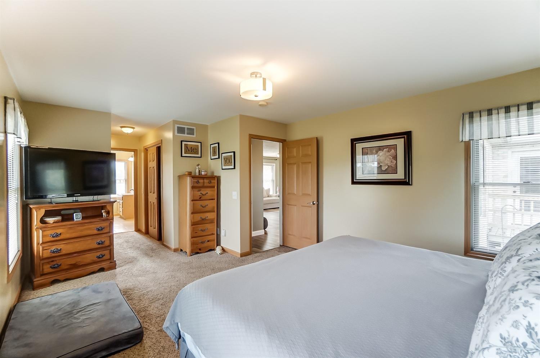 10975 Edgewood Road Property Photo 28