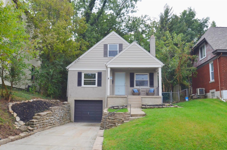 2909 Montclair Avenue Property Photo