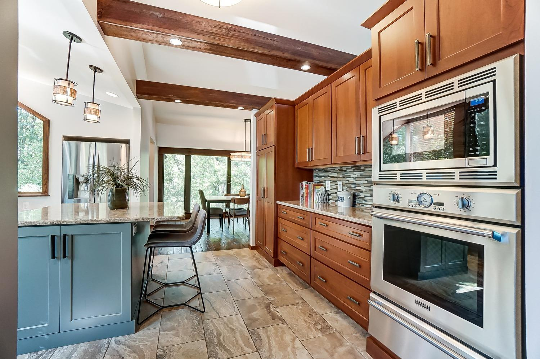 6550 Mariemont Avenue Property Photo 11