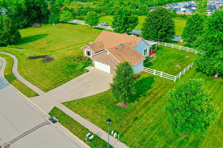 35 Green Knoll Drive Property Photo