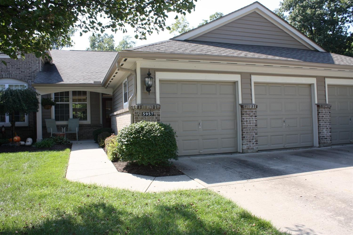 5957 Castlewood Crossing Property Photo