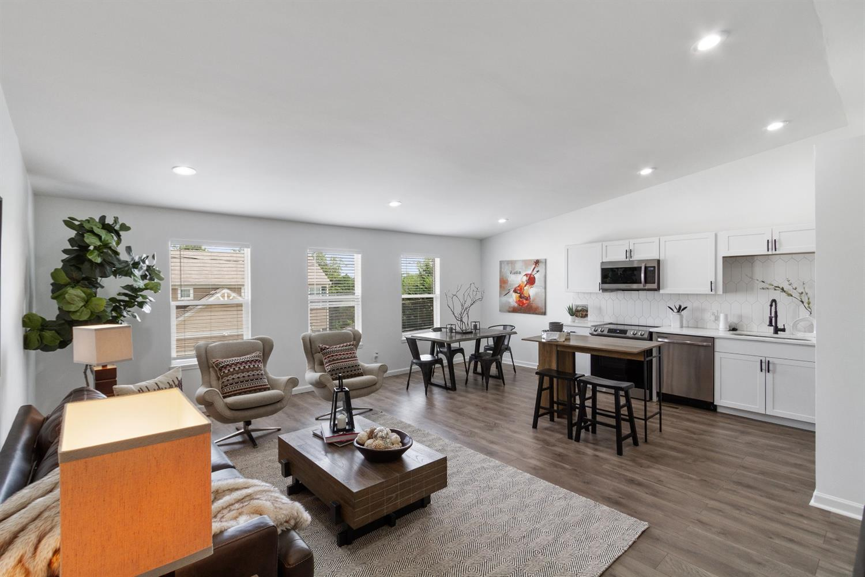 4229 Badgeley Street Property Photo