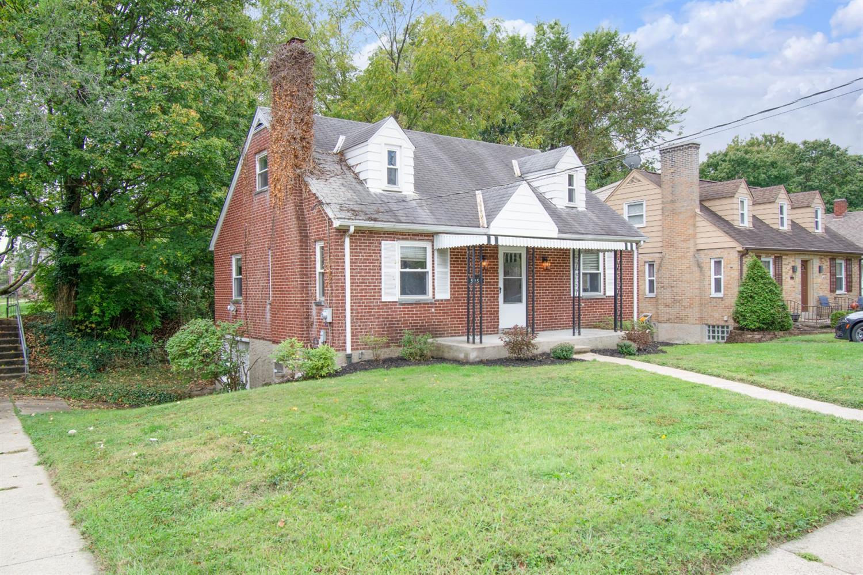 3253 Broadwell Avenue Property Photo