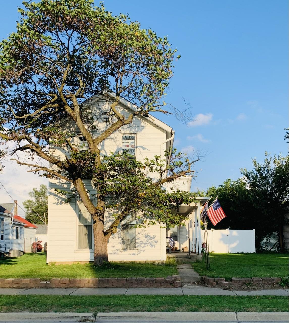616 N Barron Street Property Photo 1