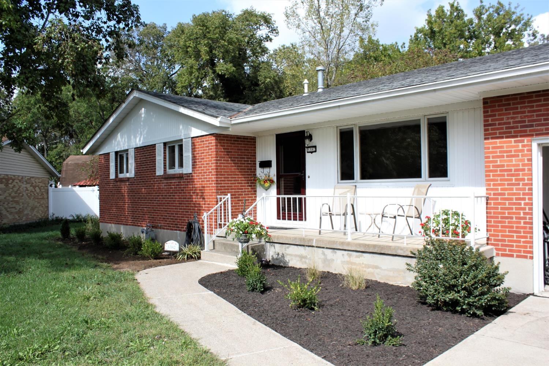 5382 Dee Alva Drive Property Photo 1