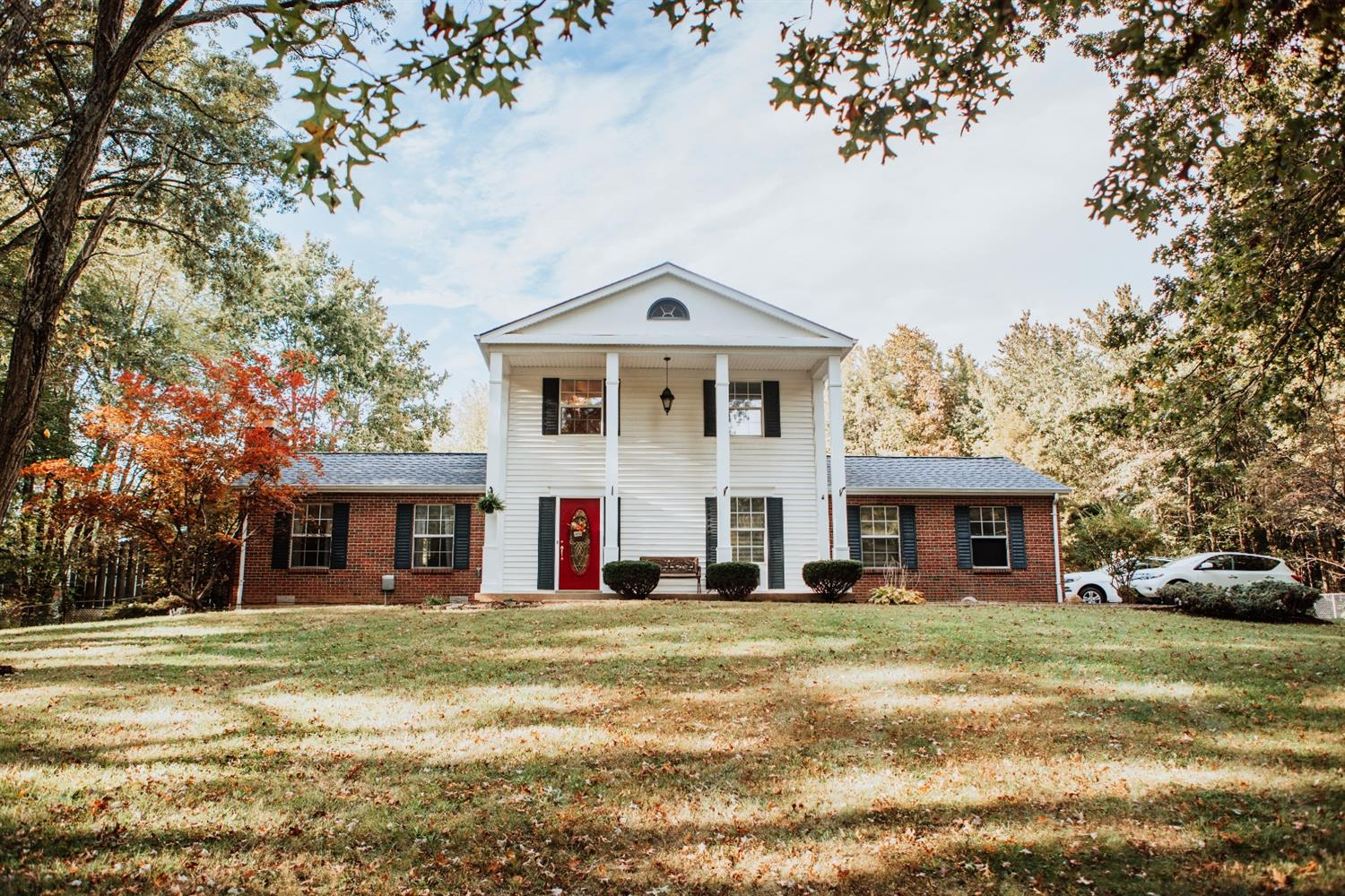 1784 Woodville Pike Property Photo