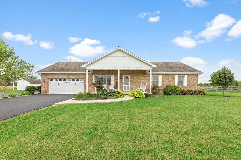 8181 White Swan Road Property Photo