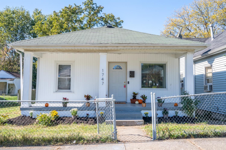 1747 Parrish Avenue Property Photo