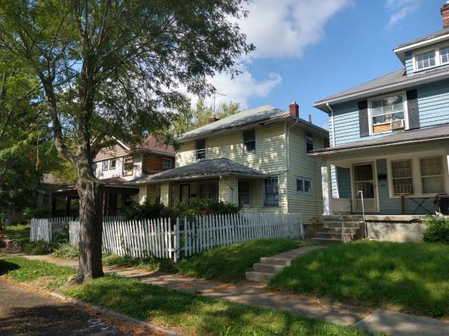 243 Kenwood Avenue Property Photo