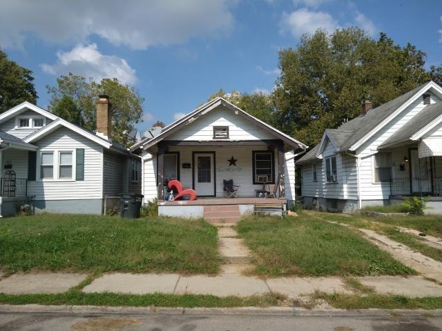 319 E Maplewood Avenue Property Photo