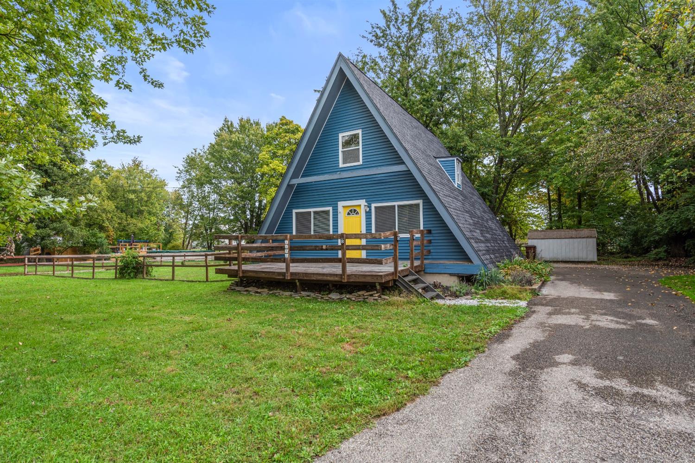 3374 Jenny Lind Road Property Photo