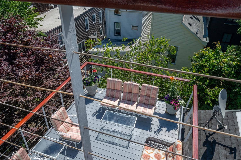 1122 Fuller Street Property Photo 32