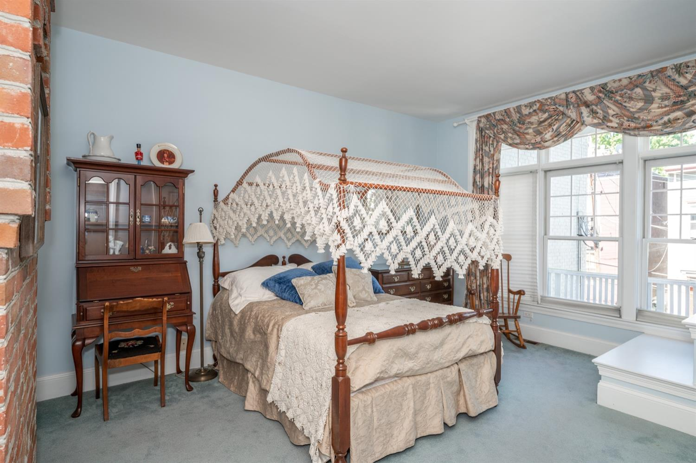 1122 Fuller Street Property Photo 33