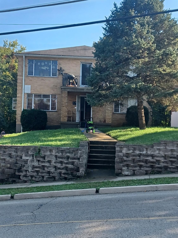 2561 Kipling Avenue Property Photo