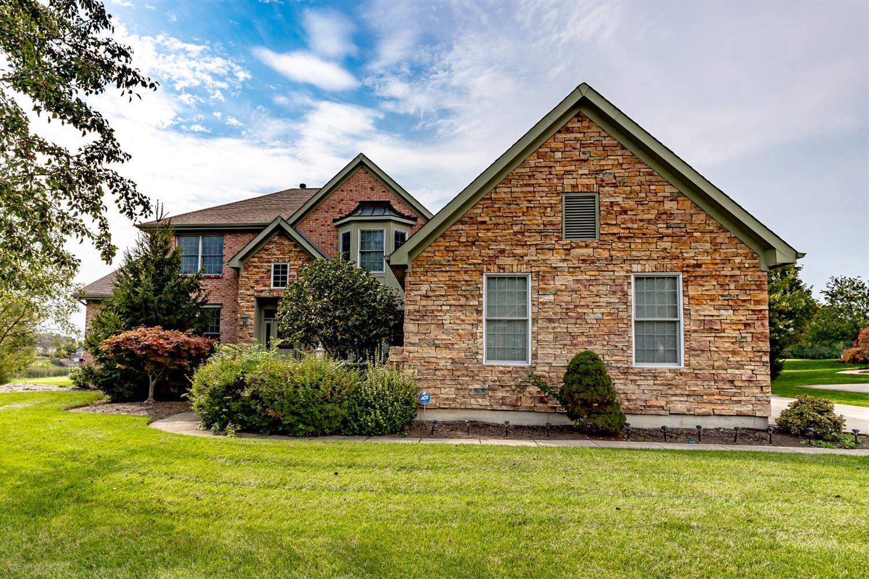 6209 Creekside Way Property Photo