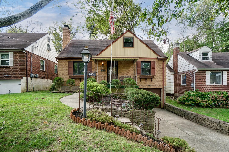 2435 Ardmore Avenue Property Photo
