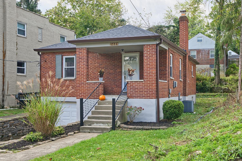 2625 Bremont Avenue Property Photo