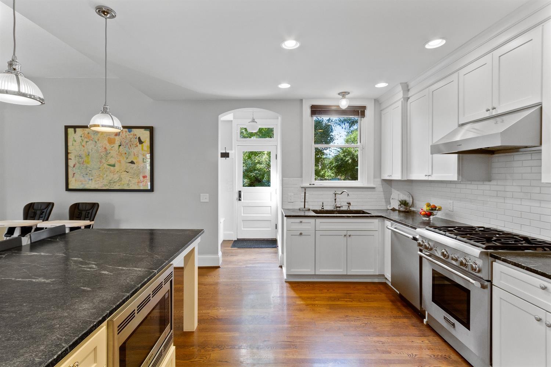 1211 Herschel Avenue Property Photo 2